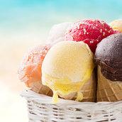 Ice cream scoops wallpaper